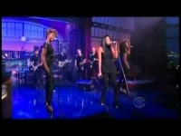 vv_brown_-_shark_in_the_water_live_on_david_letterman