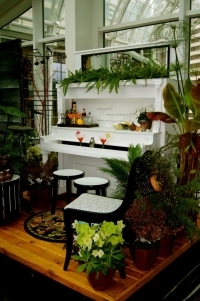 17_creative_ideas_for_repurposing_an_old_piano